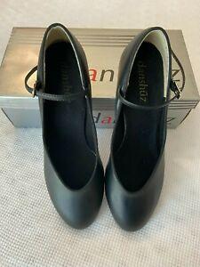 """Women's character shoes Danshuz black size 9.5W with 2"""" heel, Dance, Choir, Play"""