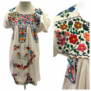 Vintage 1970s 70s White Embroidered Multicolored Patterned Mexican Summer Dress