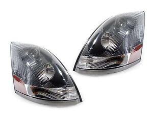 VOLVO VN 730 780 2009 2010 2011 2012 PAIR SET HEADLIGHT HEAD LAMPS FRONT LIGHTS