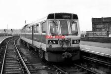 PHOTO  1987 HUDDERSFIELD RAILWAY STATION AT HUDDERSFIELD STATION A CLASS 140 RAI