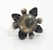 Mother Of Pearl Mexico Ladies Ring. Great Vintage Mid Century Sterling Silver