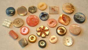 """FINE LOT OF 23 SMALL DIMI VINTAGE ANTIQUE DYED CARVED MOP SHELL BUTTONS 5-9/16"""""""