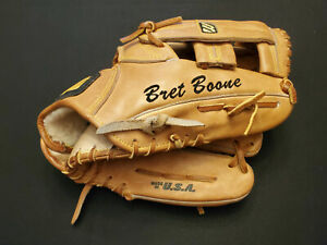 BRETT BOONE 1998 Cincinnati Reds Game Used Worn Fielders Glove