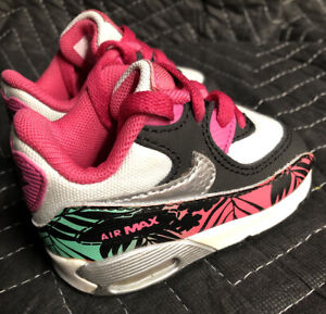 2014 Nike Air Max Size 2C Fantastic Condition 704955-001
