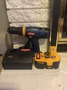 """Ryobi P206 Variable Speed 18V Cordless 1/2"""" Drill,Battery,And Charger! Tested!"""