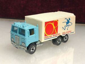 Vintage Hot Wheels HIWAY HAULER Ocean Pacific Delivery Box Cab Over Semi Truck