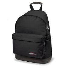 6f67d22719e57 Eastpak Wyoming Rucksack mit Lederboden schwarz black Schultasche  Schulrucksack