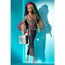 MODERN CIRCLE Simone Make-Up Artist Collectible Barbie Doll