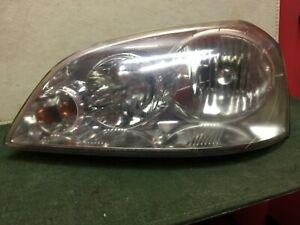 2004 - 2008 Suzuki Forenza LH Driver side headlight  Used OEM