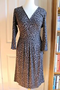 JAEGER DRESS. Faux Wrap, Leopard/ Animal Print. Fitted Pencil Knee Length 12/M