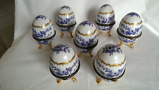 prunkvolle dekorative Porzellan Eier Golddekor Delfter Design blau blue