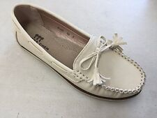 Women's Moccasin Flat Shoes - Laced Collar - Two Tone - Bow