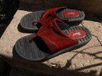 Bass Red Thong Sandals 8.5 M Womens Comfort Shoes