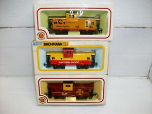 Ho Scale (3)  Bachmann Wide Vision Caboose