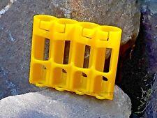Aufbewahrungshalter für 4 Mignon AA Batterie Box Akku GELB BW US Army Storacell