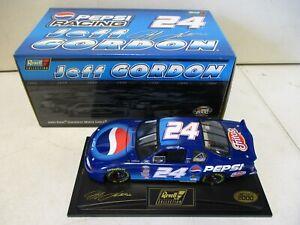 2000 Revell Jeff Gordon Pepsi 1/24