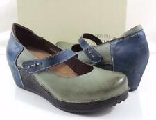 Women's L'Artiste by Spring Step Bentwood Wedge Pumps Heels Leather Olive Size 9