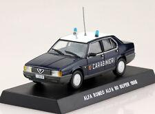 Alfa Romeo 90 Super dunkelblau Carabinieri Polizei 1986 1:43  Modellauto