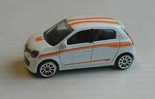 Majorette Renault Twingo III weiß mit orangenen Streifen Kleinwagen Auto Car PKW