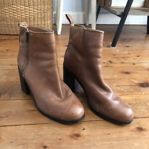 The Gap Brown Leather Ankle Chelsea Boots Size US 9 Eur 40 Block Heel Zipper