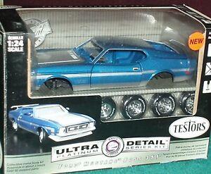 TESTOR'S 1971 FORD MUSTANG BOSS 351 BLUE/SILVER MODEL KIT 1/24 SKILL LEVEL 2