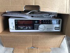 Vintage GE Spacemaker AM/FM Radio Clock Light 7-4230 under cabinet spacesaver