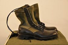 MCRAE - 1988 DATED JUNGLE BOOTS - SIZE 5 XN  - UNISSUED - PANAMA SOLE
