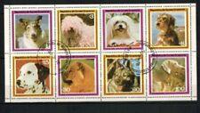 Timbres avec 8 timbres, sur chiens