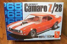 AMT '68 CHEVROLET CAMARO Z/28 1/25 SCALE MODEL KIT 2 in 1 Customizing Kit