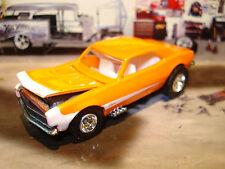 100% HOT WHEELS 1968 CHEVROLET CAMARO LIMITED EDITION CAR 1/64