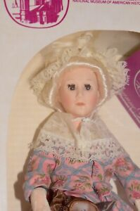 Martha Washington Smithsonian Institute First Lady Doll Suzanne Gibson Free S&H