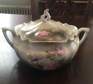 AntiqueVintage RS Prussia porcelain sugar bowl with lid