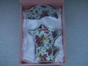 The Leonardo Collection Teapot Cup Saucer