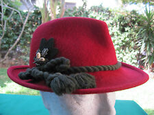 GERMANY - BAVARIAN WOMEN'S RED L FUR HAT W/ ORG. METAL SIGN & STRING ! UNIQUE.