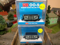 Peco 009 Narrow Gauge GR-200D and GR-200C L&B Open Wagons No.8 and No.1