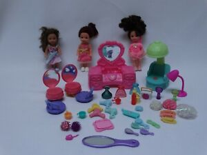 3 Barbie Kelly Club Dolls w/Outfits &  Shoes + 41 Piece Beauty Shop Accessories