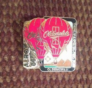 VINTAGE 1985 ALBUQUERQUE OLDSMOBILE HOT AIR BALLOON COLLECTORS PIN NEW