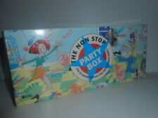 ( 8 X ) CD BOX SET 1999 ''THE NON STOP PARTY BOX'' 200 DJ TRACKS NEW -SEE PHOTOS