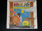 45 tours SP - BERNIE LYON - I'M LIVING IN THE SUNSHINE - 1981