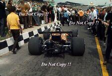 Dan Gurney McLaren M14A di British Grand Prix 1970 fotografia 3