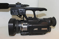 JVC ProHD gy-hm150e Full HD Camcorder professionale