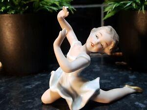 1960s Genuine, WALLENDORF 1764 Delightful Porcelain Bisque Ballerina Figure