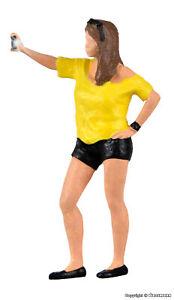 Viessmann H0 1551 Woman Shoots Selfie, With Flashlight New