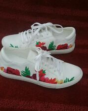 Kenneth Cole Womens Size 8 Embroidered Tennis Shoes Kam White Lace Up NWOT