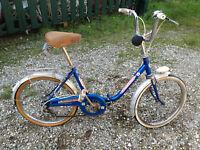 Ancien vélo d'enfant pliant vintage pour déco ou à restaurer pédales lyotard