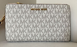 New Michael Kors Jet Set Travel Double zip wristlet wallet PVC Vanilla Blush