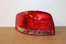 AUDI A3 2004 -08 POSTERIORE SINISTRO ESTERNO fanale posteriore non UK 8P0945095 NUOVO Originale VW Parte