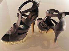 Esprit Sandale High Heels Schuhe Pfennigabsatz Wildleder braun Gr. 40 NEU