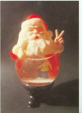 CHRISTMAS SANTA SNOWGLOBE DOING PEACE SIGN ON POSTCARD (X-132*)
