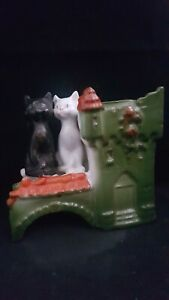 """VICTORIAN GERMAN LIKE PIG FAIRING BUT MORE RARE """"CATS GUARDING A RED ROOF CASTLE"""